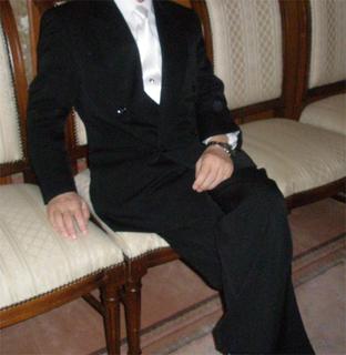 結婚式家紋ネクタイ前.冠婚葬祭用ネクタイ